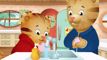 Daniel-Tiger-washing-hands